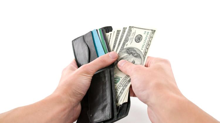 does lyft take cash